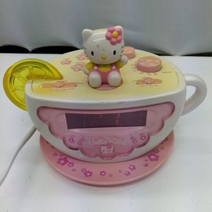 Hello kitty alarm o'clock and radio